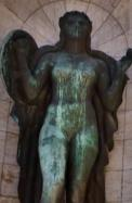 La Patria, escultura de José Fioravanti en el patio cívico